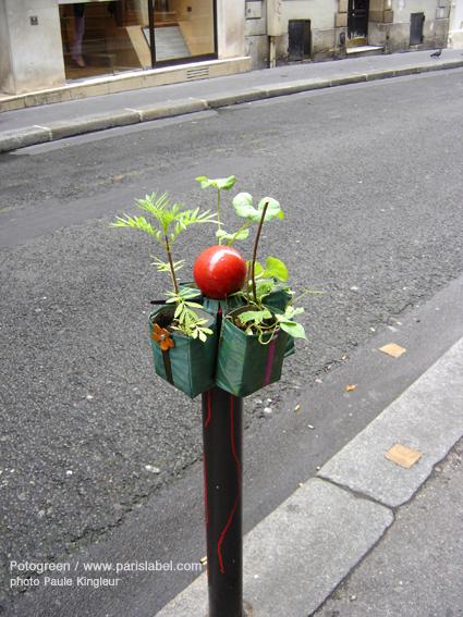 Quand les potelets deviennent Potogreen - sur une idée de Paris Label et une création de Paule Kingleur