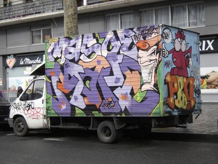 graffiti camion rue baron le roy 12e