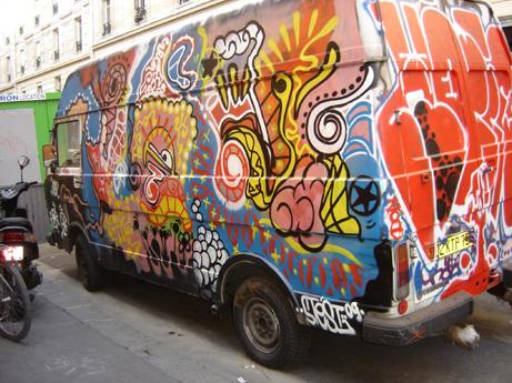 graffiti camion rue des boulets