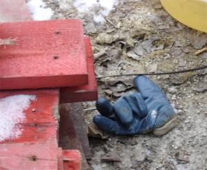 gant bleu du chantier tramway porte de montreuil paris
