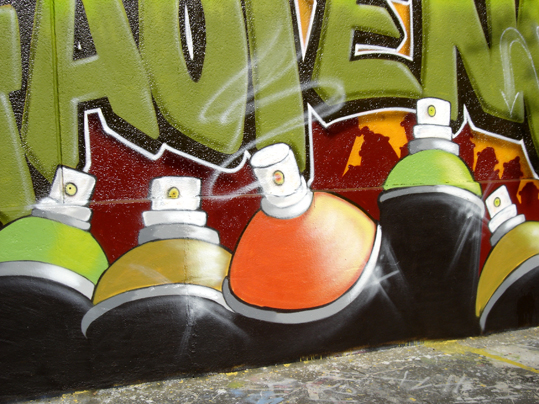 graff bombes hautencouleur paris 20e, photo paule kingleur, site paris label
