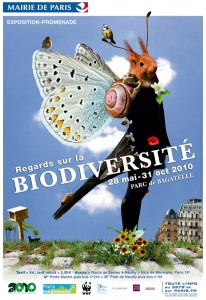 "Plan biodiversité à paris - expo regards sur la biodiversité, au parc de bagatelle, paris label présente les Plan biodiversité à paris : expo ""regards sur la biodiversité"" Paris / Bagatelle, Paris Label y présente ses ecoradeaux et les poèmes des enfants dans l'arbre près du trianon de bagatelle"