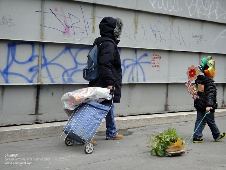 Déambulation de Sacadam dans les rues du 11e / Paule Kingleur / Paris Label