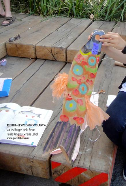 Poisson Volant de Paris Label - Atelier proposé par Paule Kingleur sur les Berges de la Seine à Paris été 2013
