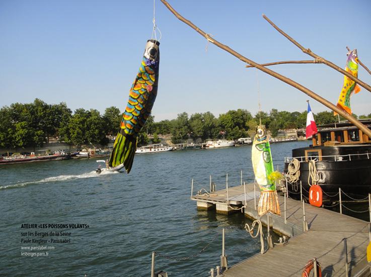 Que de belles réalisations de poissons volants (inspirés des Koïnoboris japonais) réalisés par les enfants lors des ateliers menés par Paule Kingleur sur les Berges de la Seine..