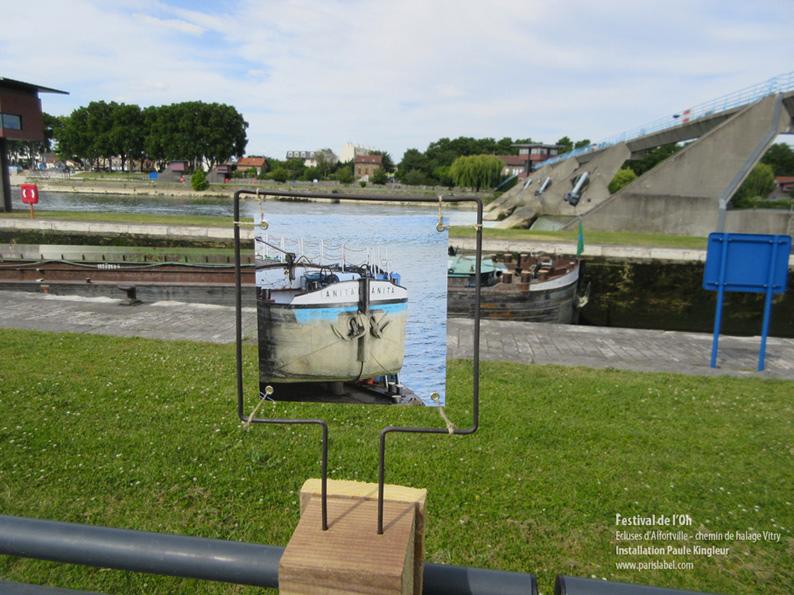 Photos de péniches, berges de Seine , pour une installation artistique de Paule Kingleur juin 2014 Festival de l'OH